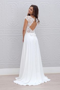 A line Beach Lace Simple Wedding Dress with sleeves #beachweddingdress #laceweddingdresses #simpleweddingdress  #weddingdress  #weddinggown  #bridal  #bride