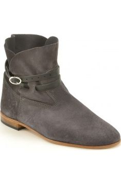 Chelby graphite suede