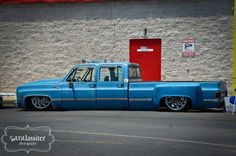 Slammed chevy dually