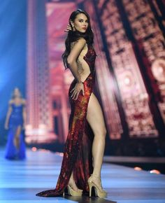 Miss Catriona Magnayon Gray is Miss Universe 2018 Miss Philippines Miss Universe Philippines, Miss Philippines, Grey Fashion, Star Fashion, Miss Universe Gowns, Sexy Dresses, Beautiful Dresses, Beauty Pageant, Beautiful Celebrities