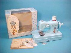 Holly Hobbie vintage sewing machine