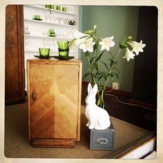 ANOUK offers an eclectic mix of vintage/retro furniture & décor.  Visit us: Instagram: @AnoukFurniture  Facebook: AnoukFurnitureDecor   April 2016, Cape Town, SA. Pedestal, Decoration, Art Deco, Mid Century, Table Lamp, Retro Furniture, Photo And Video, Facebook, Cape Town