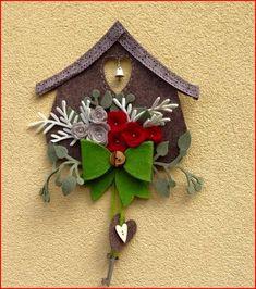 Easy Christmas Crafts, Christmas Wreaths, Christmas Decorations, Christmas Ornaments, Holiday Decor, Christmas Makes, Simple Christmas, Christmas Time, Felt Birds