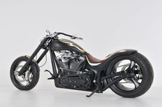 Exquisito - H.O.T. Custom Bike - http://www.houseofthunderusa.com/