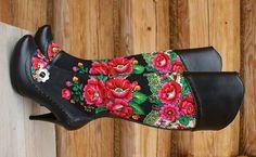 Clothes inspired by Polish folklore - Hafcik.com Folk Fashion, Ethnic Fashion, Babushka Lady, Polish People, Ethnic Design, Folk Costume, Folk Art, Shoe Boots, Black And Grey