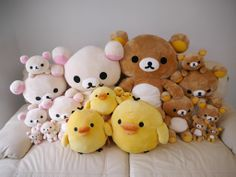 Rilakkuma.....all sizes!! (pic from http://rilakkuma.asiasale.net/)