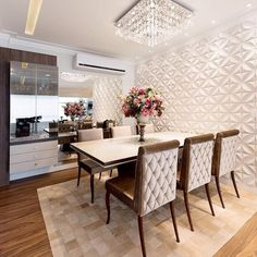 Dining Room Wall Decor Ideas Dining Room Wall Decoration A dining room is one place in our home sweet home that we would like to spend more time with family. Dining Room Wall Decor, Dining Room Lighting, Dining Room Design, Room Interior, Home Interior Design, Sala Grande, Dinner Room, Living Room Carpet, Home Decor Inspiration