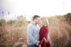 Engagement session in a field at sunset - Kate Saler Photography