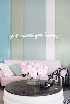 pastel home colour design inspiration pink feminine couch settee loveseat turquoise circular white coffee table ottoman shop room ideas how to decorate Home Colour Design, Neon Sign Bedroom, Bedroom Decor, Neon Licht, Coffee Table Design, Coffee Tables, Led Lampe, Shop Interior Design, Neon Lighting