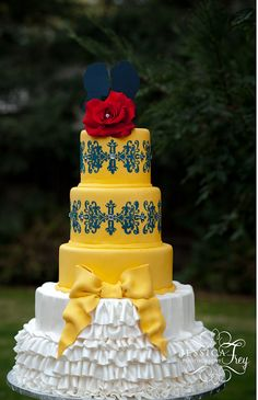 Beauty Beast Wedding Accessories | Yellow & Navy Beauty and the Beast Wedding Cake