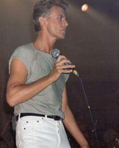 #starman #bowie #davidbowieforever #davidbowie #davidrobertjones #bowieforever #legendarydavidbowie #rockstar #rocknroll #davidbowieis #ripdavidbowie