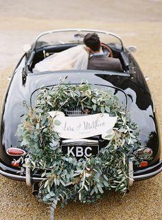 Irish Destination Wedding Inspiration. Ruffled – photo by http://www.paulaohara.com/ – http://ruffledblog.com/irish-destination-wedding-inspiration/