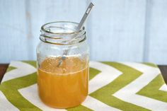 Get a healthy start to the new year with a simple apple cider vinegar detox elixir. Easy to make and tastes great, it's an easy way to improve digestion and your overall health from the inside out! women beauty and make up Jus Detox, Detox Soup, Detox Tea, Body Detox, Body Cleanse, Detox Diet Recipes, Detox Foods, Soup Recipes, Apple Cider Vinegar Detox