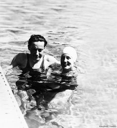 """tracylord: """" Norma Shearer and husband Irving Thalberg enjoying some time in the pool """" Old Hollywood Movies, Hollywood Star, Vintage Hollywood, Classic Hollywood, Irving Thalberg, Four Movie, Best Actress Oscar, Norma Shearer, Barbara Stanwyck"""