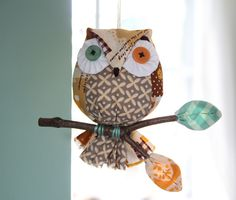 https://flic.kr/p/MCHLqB | Owl on a Stick | Blogged