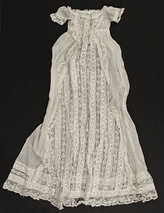 French cotton and lace doll's christening robe, ca. 1850 ... courtesy the Metropolitian Museum of Art