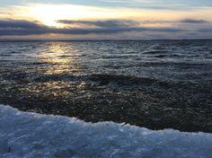 Ice on the beach. Pitkämöljä Beach, Oulu, Finland. Photo: Mauri Kuorilehto (31.10.2015).