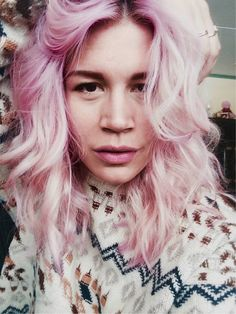 Homemade DIY pastelpink haircolor on myself oesthagen