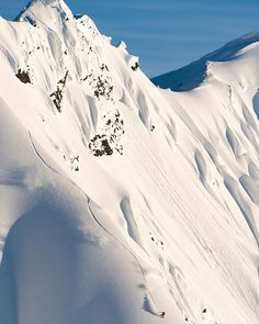 #TheFourthPhase is available now on iTunes. The incredible cinematography captures snowboarding like no other movie out. Follow @travisrice on an epic adventure around the globe chasing the different phases of water; riding lines and jumps that will have you in awe. Rider: @victordelerue Photo: @fotomaxizoomdweebie @rbmhfilms #twsnow