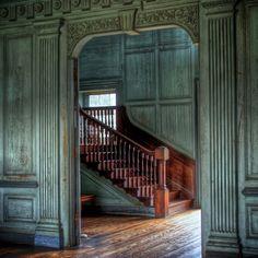 /\ /\ . Drayton Hall, Charleston, South Carolina, 1742