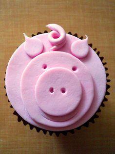Pink pig cupcake.