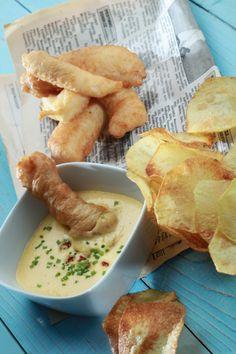 Αυθεντικό Fish & Chips – Γρήγορα Στο Τραπέζι Σας   Γιάννης Λουκάκος Fish And Chips, Aioli, Fish Recipes, Cheese, Meat, Chicken, Cooking, Ethnic Recipes, Food