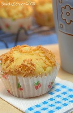 My Motherhood Journey: Muffin keju Donut Recipes, Muffin Recipes, Cupcake Recipes, Baking Recipes, Snack Recipes, Snacks, Resep Sponge Cake, Resep Cake, Fancy Cakes