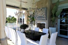 The Dorm Diaries: Open House: Lisa Vanderpump's Villa Rosa Villa Rosa, Lisa Vanderpump, Vanderpump Rules, Outdoor Rooms, Outdoor Dining, Indoor Outdoor, Outdoor Ideas, Outdoor Furniture, Outdoor Decor