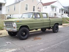 1969 Ford F250 4x4 HighBoy CrewCab with rebuilt 300 inline 6 cylinder