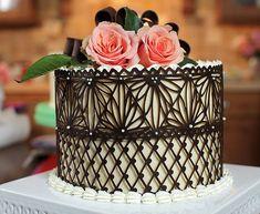 Chocolate a modo de encaje para cubrir pasteles