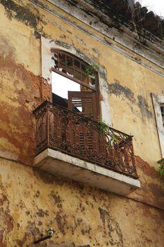 Detalhe de construção antiga em São Luis , Maranhão, Brasil.