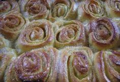 Erdélyi darázsfészek (3.) | NOSALTY – receptek képekkel Hungarian Recipes, Sweet Cakes, Cake Cookies, Fudge, Sweet Recipes, Sausage, Food And Drink, Favorite Recipes, Sweets