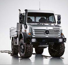 Mercedes Unimog - my zombie apocalypse survival vehicle!