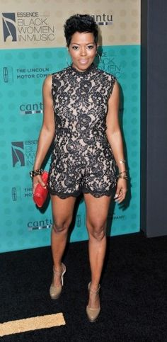 Cute hair......Love The look...Love Malinda Williams style....
