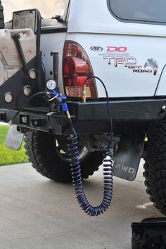Pressurized Scepter Jerry Can Faucet and Shower - Page 2 - Expedition Portal Jeep Jk, Jeep Truck, Jeep Wrangler, Truck Mods, Jeep Mods, Offroad, Accessoires Camping Car, Navara D40, Toyota Trucks