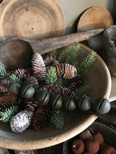 Natural Christmas, Prim Christmas, Country Christmas, All Things Christmas, White Christmas, Vintage Christmas, Christmas Time, Christmas Ideas, Primitive Christmas Decorating
