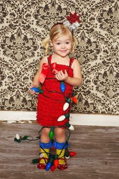 cute idea for kids holiday photo shoot