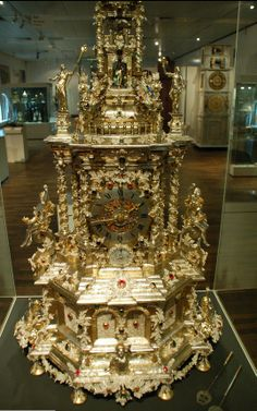 Another view of the Augsburg Prunkuhr. c. 1690. A Remarkable clock decorated with Silver filigree made for Landgrave Charles of Hesse-Kassel - compare detail with that on Pfaff Clock in the Green Room, Dresden - Museum Hessen Kassel