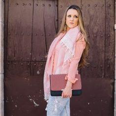 http://www.pintalabios.info/es/look-dia/view/es/271 Nuevo #Look #LookDelDia en pintalabios.info MORE PINK TODAY         Today I want to show you more pink, lol. I don't know what is happening to me but I'm kind fo pink obsessed latelly, hope you like the outfit! Hoy seguimos con el rosa, últimamente vivo enamorada de éste color y hoy es el protagonista de mi outfit.         Regístrate en pintalabios.info y haz publicidad gratuita de tus look de moda o belleza ;)