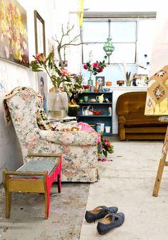 Birch + Bird Vintage Home Interiors » Blog Archive » Bright Blooms by Laura Jones