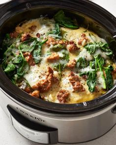 Slow Cooker Sausage and Spinach Breakfast Casserole - Crockpot - Slow Cooker Breakfast, Crockpot Breakfast Casserole, Sausage Breakfast, Casserole Recipes, Egg Casserole, Spinach Casserole, Overnight Breakfast, Brunch Casserole, Breakfast For A Crowd