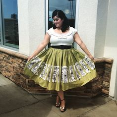 Wearing my @pinupgirlclothing Commuter Jenny skirt from the first time today! I am loving my new @collectifclothing top as well, and my new @baitfootwear Betty shoes! #maryblair #commuterjennyskirt #pinupgirlclothing #maryblaircollection #jennaaay #ootdsocialclub #vintagestyle #pinup #vintagemakeup #vintagehair #baitfootwear #ootd