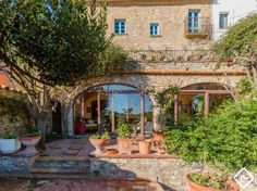 A beautiful 17th Century stone house for sale in the centre of the emblematic town of Begur on the Costa Brava, Catalonia.