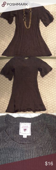 Pink Republic sweater dress size small Size small sweater dress. Brown with hints of tan and black throughout. Looks nice with a bigger necklacesnecklaces leggings and a pair of boots for fall. FREE GIFT WITH EVERY PURCHASE! Pink Republic Dresses Mini