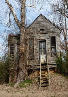 Im sorry, theres no information on this cool old house, but i hope you like it as much as i do. - Farm House by bernice