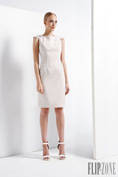 John Paul Ataker Spring-summer 2016 - Ready-to-Wear - http://www.flip-zone.com/fashion/ready-to-wear/createurs-independants/john-paul-ataker-5800