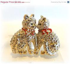 2 Kittens pin brooch by dollherup on Etsy, $2.66