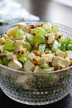 Finnish salad with squeeze cheese, grapes, cucumber, lettuce and peanuts | p i i p a d o o: herkkusalaatti