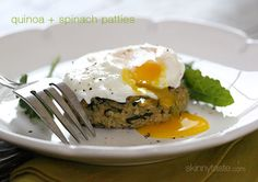 These quinoa and spinach patties are one of THE Top Skinny Recipes from 2013! #vegetarian #meatlessmondays #cleaneating