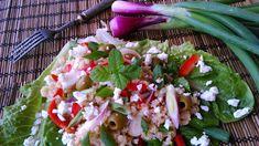 Tartalmas görög saláta, elrugaszkodva a klasszikus görög saláta receptjétől. Ciabatta, Caprese Salad, Cobb Salad, Diet Recipes, Cake Recipes, Meal Prep, Meals, Ethnic Recipes, Fitt